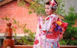 Красочная одежда, кимоно, японская девушка улыбка