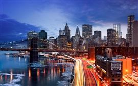 Nova Iorque, Manhattan, EUA, Inverno, à noite, estradas, ponte, casas, luzes