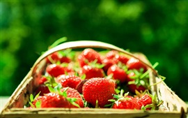 Preview wallpaper Red strawberry, fresh fruit, basket, light