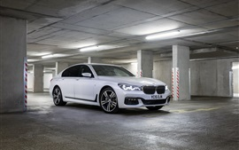 Preview wallpaper 2015 BMW M7 white car stop at parking