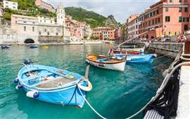 Vernazza, Italia, Cinque Terre, costa de Liguria, muelle, barcos, casa