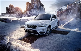 BMW X1 F48 white car, winter, snow