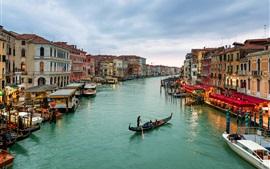 Город в воде, Венеция, Италия, канал, дома, лодки, закат, огни