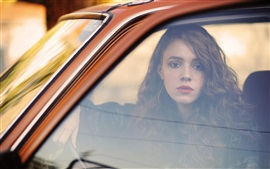 Preview wallpaper Girl in car, window