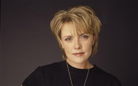 Preview wallpaper Amanda Tapping 01