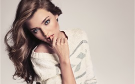 Preview wallpaper Miranda Kerr 05