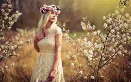 Preview wallpaper Summer, white dress girl, dreamy, wreath, flowers