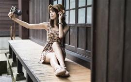 Азиатская девушка селфи