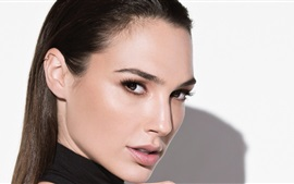Preview wallpaper Gal Gadot 02