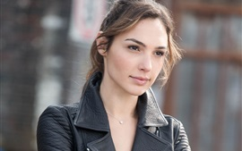 Preview wallpaper Gal Gadot 03