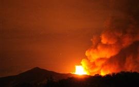 Извержение вулкана, Сакураджима, ночь, Япония