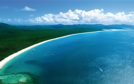 Hamilton Island, beautiful coast beach, blue sea, boats, Australia