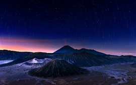 Preview wallpaper Indonesia, Java, Bromo volcano, night, stars