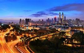 Kuala Lumpur, Malasia, vista nocturna de la ciudad, la iluminación