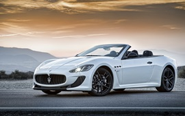 Preview wallpaper Maserati Convertible GranCabrio MC white supercar
