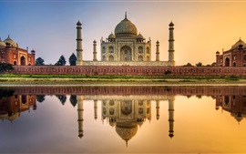 Preview wallpaper Taj Mahal, mausoleum, river, water reflection, India