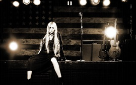 Preview wallpaper Taylor Momsen 04