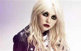 Preview wallpaper Taylor Momsen 06
