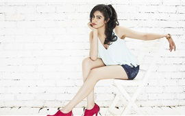 Preview wallpaper Adah Sharma 02