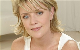 Preview wallpaper Amanda Tapping 03