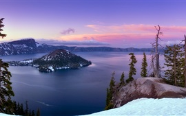 Crater Lake, snow, trees, Klamath County, Oregon, USA