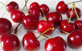 Preview wallpaper Delicious cherries