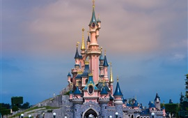Preview wallpaper Disneyland in France, beautiful castle