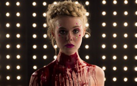 Elle Fanning en The Neon Demon 2016