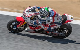 Honda motorcycle racer, speed