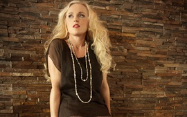 Preview wallpaper Liv Kristine 02
