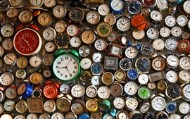 Preview wallpaper Many watches, alarm clocks, time counter