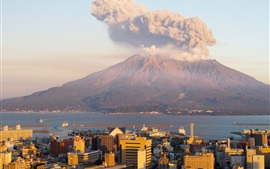 Сакураджима на закате, дым, вулкан, Япония