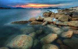 Mar, costa, puesta del sol, rocas, nubes, oscuridad