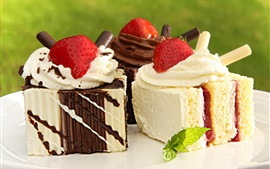 Preview wallpaper Sweet cakes, cream, strawberries, delicious food