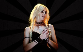 Preview wallpaper Taylor Momsen 08