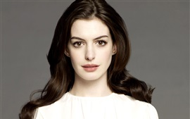 Preview wallpaper Anne Hathaway 05