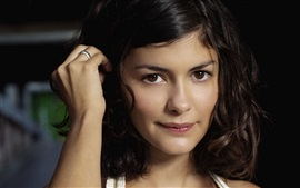 Preview wallpaper Audrey Tautou 02