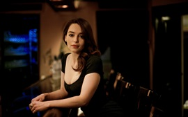 Preview wallpaper Emilia Clarke 02