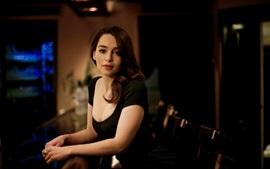 Emilia Clarke 02