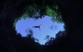 Лагоа Misteriosa, озеро, один человек плавание