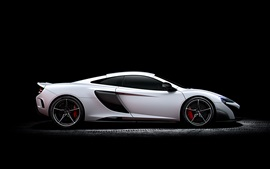 Preview wallpaper McLaren 675LT white supercar side view