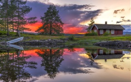 Preview wallpaper Ringerike, Norway, lake, water reflection, house, clouds, sunset