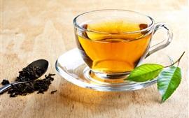 Aperçu fond d'écran boisson de thé, tasse en verre, des feuilles vertes