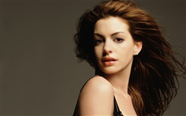Preview wallpaper Anne Hathaway 10