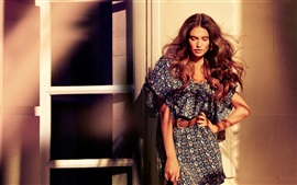 Preview wallpaper Bianca Balti 02