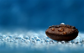 Preview wallpaper Coffee bean, water drops