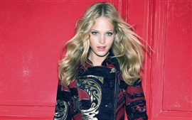 Preview wallpaper Erin Heatherton 01