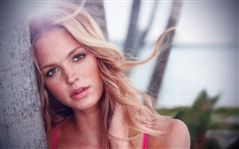 Preview wallpaper Erin Heatherton 03