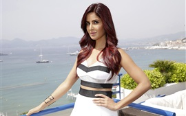 Preview wallpaper Katrina Kaif 06