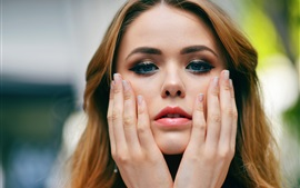 Preview wallpaper Kristina Bazan 12